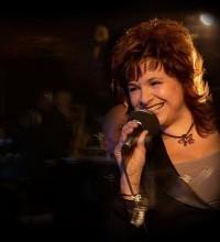 Elena Sonenshine Sings With the Swing Quartet